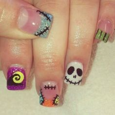 Nightmare before Christmas nails! Are you looking for easy Halloween nail art designs for October for Halloween party? See our collection full of easy Halloween nail art designs ideas and get inspired! Halloween Nail Designs, Christmas Nail Designs, Halloween Nail Art, Funny Halloween, Halloween Party, Halloween Desserts, Halloween Halloween, Diy Christmas, Love Nails