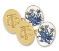 Hand painted enamel gold cufflinks with family crest and initials by Denzil Skinner & Partners Family Crest, Coat Of Arms, Ds, Initials, Cufflinks, Enamel, Hand Painted, Gold, Vitreous Enamel