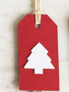 Make a felt Christmas tree gift tag