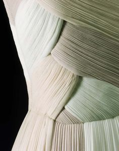 Up Close: Evening Dress Madame Grès 1962 (MFA)