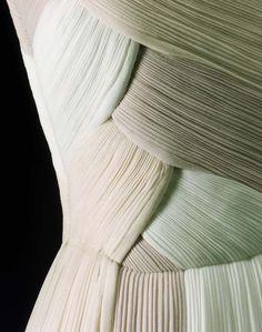 Up Close: Evening Dress Madame Grès 1962 (MFA)