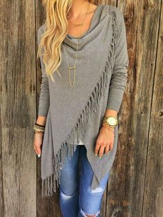 Absolutely LOVE this sweater! Stunning Paige Fringe Shawl Look Fall 2015 Trends - Latest Women's Fashion Trends and Outfits - Urefy - Latest Fashion Outfits For Fashonistas Mode Outfits, Fall Outfits, Casual Outfits, Fashion Outfits, Fashion Trends, Casual Shirts, Fashion Styles, Fashion News, Women's Tees