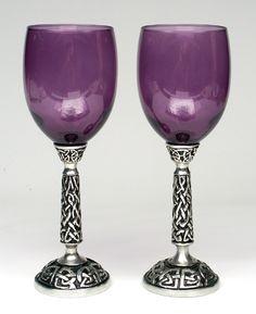 Beautiful wine goblets to enjoy amazing wines from Washington and Oregon.