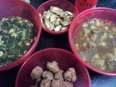 fish in oyster sauce, sweet n sour pork mince balls...