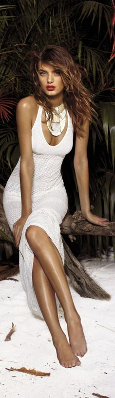 this dress really goes nice in hot summer night on the beach with him..