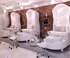 Audrey pedicure chair foot spa massage basin station in UK-Cheap barber furniture styling chair shampoo station, salon beauty manicure tables, spa massage pedicure chairs, tattoo chairs price Spa Interior, Salon Interior Design, Salon Design, Spas, Comida De Halloween Ideas, Pedicure Station, Spa Pedicure Chairs, Spa Furniture, Nail Salon Decor