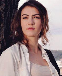 Turkish Women Beautiful, Turkish Beauty, Most Beautiful, Turkish Fashion, Turkish Style, Celebs, Celebrities, Turkish Actors, Character Inspiration