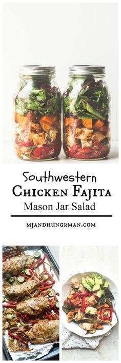 Southwestern Chicken Fajita mason Jar Salad | 25+ Mason Jar Eats