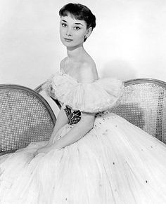 Portrait of Audrey by Noel Mayne during her London cabaret days, circa 1949