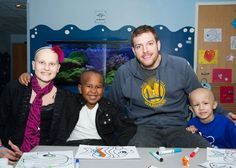 While in Memphis for a road game against the Grizzlies, David Lee used his free time to visit St. Jude Children's Research Hospital.