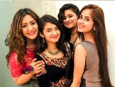 Child Actresses, Indian Actresses, Child Actors, Stylish Girl Images, Stylish Kids, Teen Celebrities, Celebs, Friend Poses Photography, Photo Poses For Boy