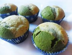 COOKING WITH JAPANESE GREEN TEA: Bicolor Muffin with Matcha Green Tea