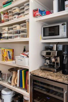 Modern Shaker Style Kitchen 32 - Billericay - Handmade Kitchen Company by Nicholas Bridger Kitchen Inspirations, Shaker Style Kitchens, Home Renovation, County House, Kitchen Company, Modern Shaker Kitchen, Kitchen Styling, Large Open Plan Kitchens, Shaker Style