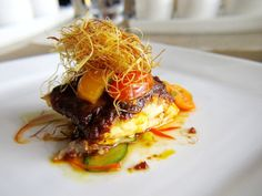 Fine Dining in Singapore – Experience World Class Culinary Brilliance - My Singapore TravelMy Singapore Travel Seafood Recipes, Gourmet Recipes, Cooking Recipes, Gourmet Desserts, Plated Desserts, Food Design, Food Porn, Nigerian Food, Star Food