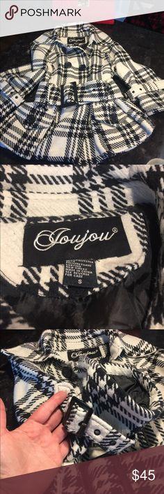 Short jacket black and white size S Short black and white jacket with 3/4 wide sleeve. Wide belt with buckle. Just beautiful size S Joujou Jackets & Coats