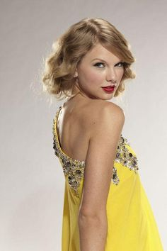 Taylor swift!! She is my most favorite person in the while world right now! I would give ANYTHING to go to one of her concerts!! SHE IS MY ULTIMATE ROLE MODEL!! GO TAYLOR SWIFT!! ❤️❤️❤️
