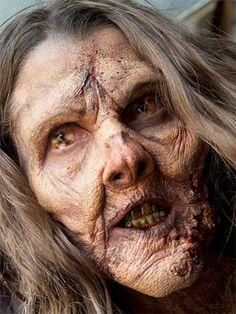 Halloween Zombie Face Makeup The Walking Dead, Walking Dead Pictures, Walking Dead Zombies, Walking Dead Season, Zombie Face Makeup, Sfx Makeup, Prosthetic Makeup, Beauty Makeup, Halloween Zombie