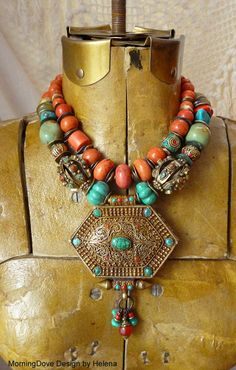 Necklaces | Helena Nelson-Reed.