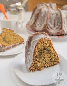 Bundt cake de calabacín y almendra