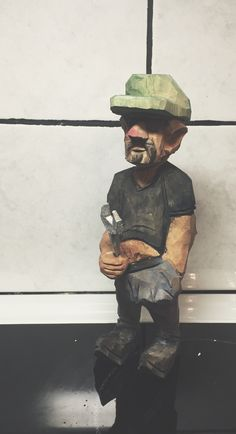 Trägubbe - Raggare === Wood figure - the Greaser