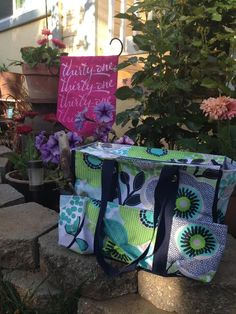 Perfect tote for your favorite gardener! www.bags2treasure.com Zip Top Organizing Utility Tote