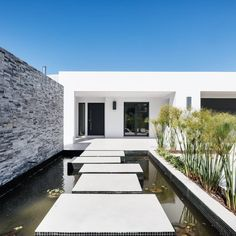 #Contempory V4 in Birre, Cascais 🆕️ The house develops over a single floor and features 4 large suites, garage for 2 cars and swimming pool 🔝  For more info please contact us: 📥 @portugalsir_estorilcascais 📞 (+351) 919 228 919 💻www.sirpt.com R.102200048 📧 estoril@sirpt.com 📸 @openhouserealestatephotograpy . . . #sir #sircletheglobe #potd #realestate #sothebysrealty #investinportugal #onlysothebysrealty #portugalrealestate #estoril #cascais #listing #home #properties #forsale… Swimming Pools, Garage Doors, Real Estate, Flooring, Mansions, Cars, House Styles, Outdoor Decor, Home Decor