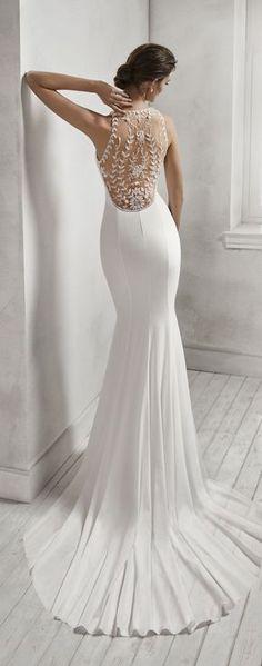 HANNA by Luna Novias #weddinggowns