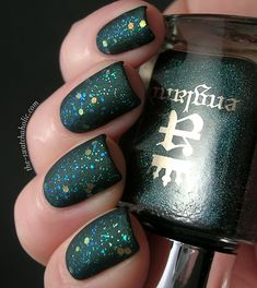 Matte layering NOTD: Kiko – 231 Sparkle Touch top coat over A England – Saint George or.. get 231 while you can