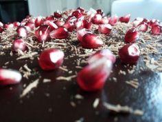 1-tort castelana cu blat de ciocolata si crema de mascarpone cu frisca si lapte condensat
