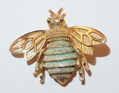 VINTAGE SIGNED AVON FIGURAL GOLDTONE BEE INSECT BUG BROOCH PIN   Jewelry & Watches, Vintage & Antique Jewelry, Costume   eBay!
