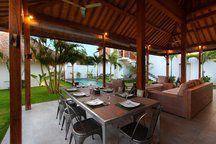 Oberoi 4 bedroom Villa w Pool