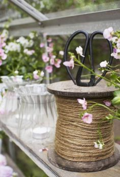 10 Surprising Tips: Garden Tool Organization Pictures antique garden tool.Garden Tool Holder Fireplaces garden tool shed design.Garden Tool Rack Tips. Shabby Chic, Flower Boutique, Potting Sheds, Garden Pots, Garden Inspiration, Making Ideas, Outdoor Gardens, Home And Garden, Backyard