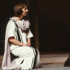 #alanrickman Alan Rickman, Stage, Normcore, Legs, Film, Celebrities, Inspiration, Amor, Men
