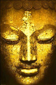 face of golden Buddha