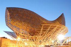 El Peix d'Or (Frank Gehry) in Barcelona, Spain