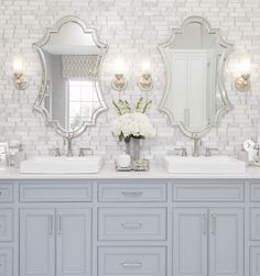 Traditional Bathroom Design with light blue vanity, marble subway tile wall-Elegant bathroom design SOURCE-A WELL DRESSE White Bathroom, Bathroom Wall, Master Bathroom, Master Bedrooms, Bathroom Ideas, Bathroom Organization, Remodel Bathroom, Bathroom Renovations, Bathroom Storage