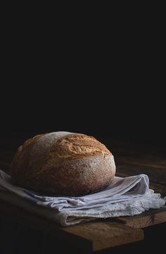 Beautiful loaf My Daily Bread, Sugar Bread, Dark Food Photography, Rustic Bread, Gula, Food Staples, Ciabatta, Artisan Bread, Fabulous Foods