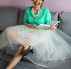 DIY Tulle skirt Maria just do it! Adult Tulle Skirt, Diy Tulle Skirt, Tulle Skirts, Diy Wedding Dress, Wedding Gowns, Sew In Weave, Make Do And Mend, Glamour Photo, Diy Fashion