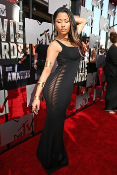 262b5d8f7fd Nicki Minaj photographed on the red carpet at the 2014 MTV Movie Awards in  Los Angeles