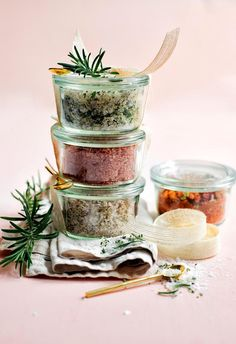 Flavoured salts and rubs: Perfect for a barbecue lover, these flavoured rubs and salts are ready to gift in chic glass pots. Wrap in a linen napkin and fasten a petite brass spoon with a bow and a sprig of herbs to up the special factor. | 6 Christmas food presents to gift in 2018 | Styling: Steve Pearce | Photographer: Chris Court