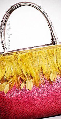 Regilla ⚜ Una Fiorentina in California Yellow Fashion, Fashion Colours, Colorful Fashion, Mellow Yellow, Pink Yellow, Hot Pink, Pink Color, Hair Sensation, Pin Logo