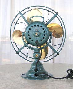 antique and vintage fans Emerson Electric, Electric Fan, Antique Fans, Vintage Fans, Art Nouveau, Art Deco, Old Fan, Gadget, Man Cave