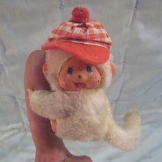 White Monchhichi Monkey Checkered Red Hat Climbing Monchichi Sekiguchi Clinging