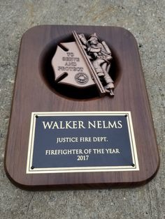 We have the most competitive prices for Fireman Plaques online. Design & Engraving included in price.