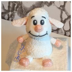 Toy sheep- cake topper - cake by Felis Toporascu