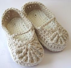 crochet shoes.