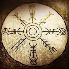"""Glugstafir"" is used to spå into the future. description of use can be found on my facebook page http://www.facebook.com/Skrethi #sigil #sigils #ægishjálmr #libernull #witchcraft #paganism #heathen #asatru #vikings #stavsigil #magick #spå"