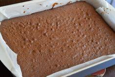 Prajitura Bounty - CAIETUL CU RETETE Caramel, Bread, Cakes, Desserts, Food, Fine Dining, Sticky Toffee, Tailgate Desserts, Candy