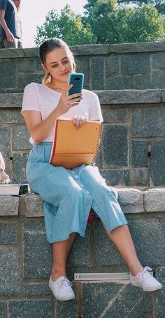 Trem fofoooo💓💓💓💓 Movie Couples, Cute Couples, Kayla Ewell, The Artist Movie, Beach Photography Poses, After Movie, Hessa, Girl Meets World, Drama