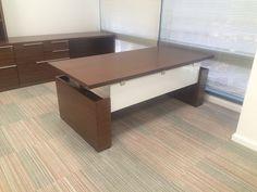 Krug Adesso Height Adj Desk